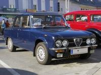 Die Alfa Romeo Giulia wurde von 1962 bis 1978 gebaut. Sie war eines der ersten Serienfahrzeuge mit Sicherheitsfahrgastzelle und im Windkanal optimierter Karosserieform.