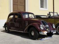 Der Fiat 1500 wurde 1935 vorgestellt. Mit seinem bequem abgestimmten Fahrwerk, dem ruhig laufenden 6-Zylindermotor und der hochwertigen Innenausstattung galt der Fiat 1500 zur damaligen Zeit als besonders Automobil.